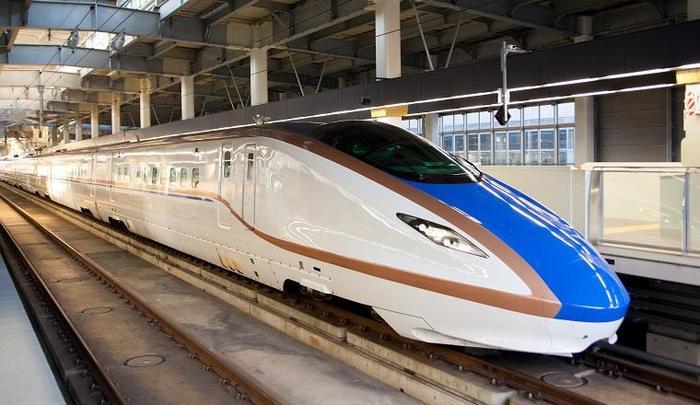 hokuriku-shinkansen01.jpg